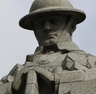 Canda Soldatendenkmal Detail1